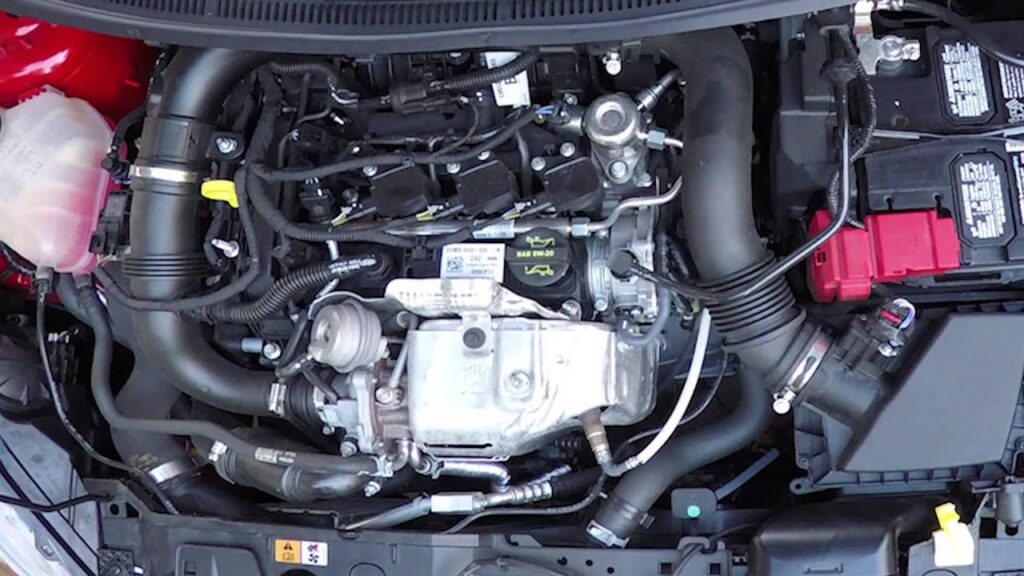 Ford 1 0L Ecoboost 3 Cylinder Startup And Revving YouTube